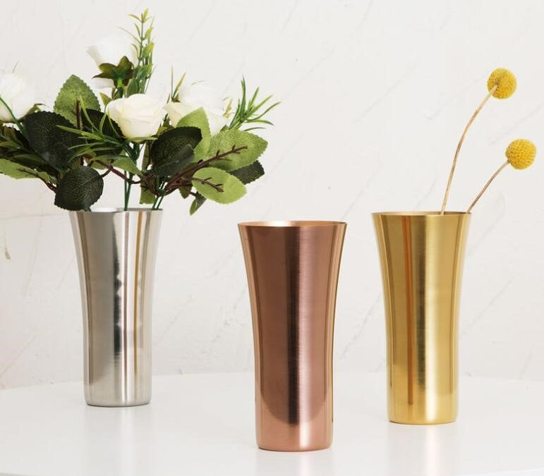 Choosing Planters Of Different Materials From Stainless steel Flower Pot To Terracotta Planters